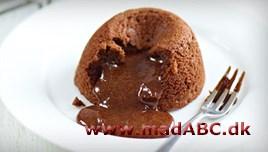 flydende chokoladekage